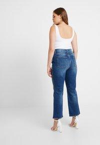 Good American - GOOD CURVE - Jeans straight leg - blue190 - 6