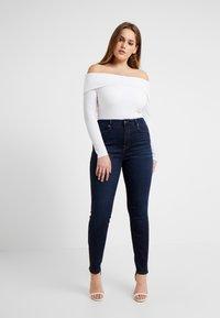 Good American - GOOD LEGS - Jeans Skinny Fit - blue - 5