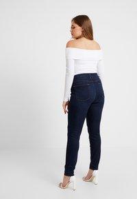 Good American - GOOD LEGS - Jeans Skinny Fit - blue - 6