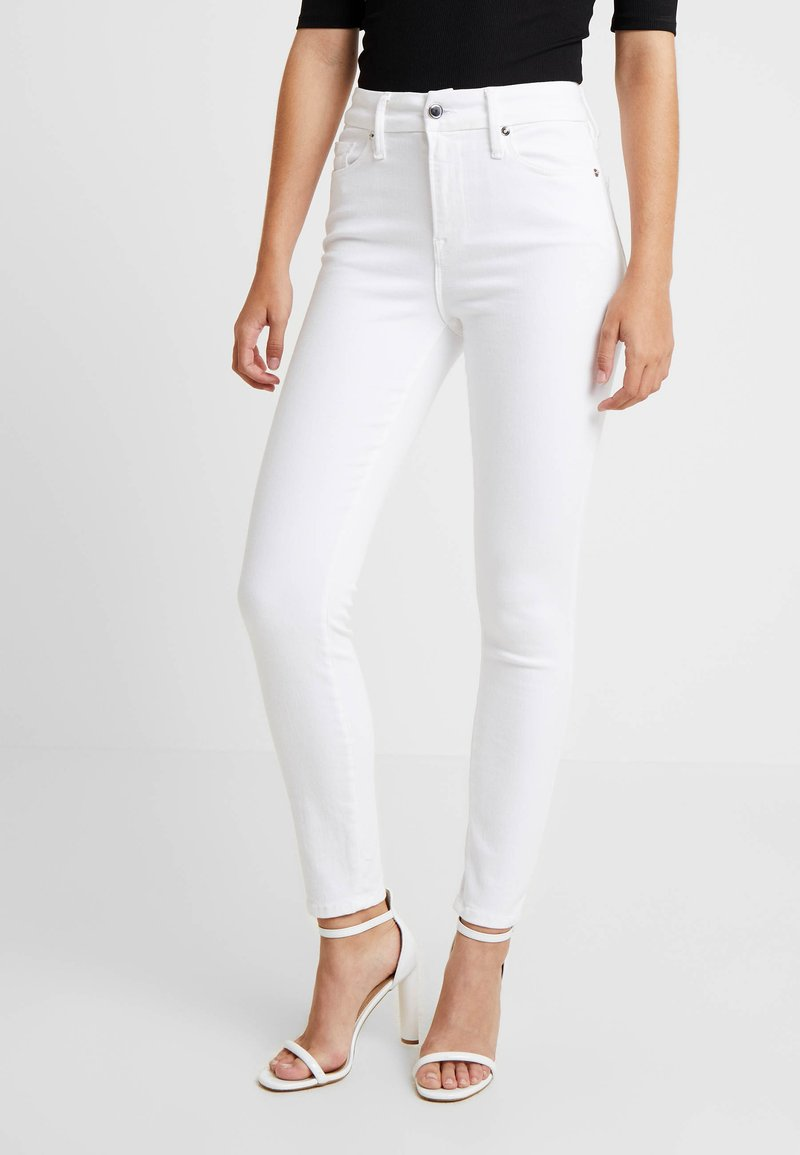 Good American - GOOD LEGS CROP - Jeans Skinny Fit - white
