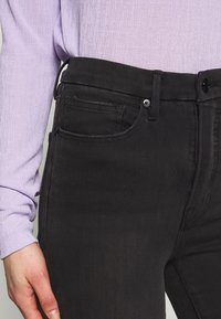 Good American - GOOD WAIST EXTREME AT BACK - Jeans Skinny Fit - black - 4