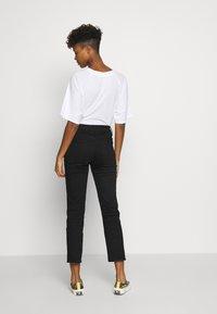 Good American - Straight leg jeans - black - 2