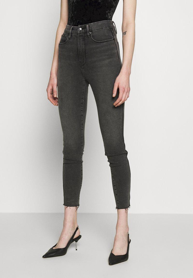 Good American - CURVE RAW EDGE - Jeans Skinny Fit - black