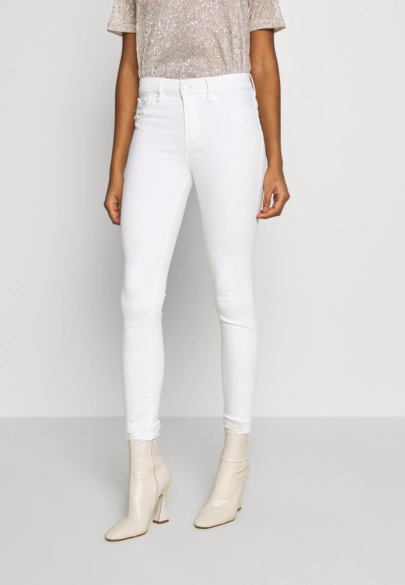 Good American - GOOD LEGS - Jeans Skinny Fit - white