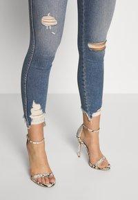 Good American - Jeans Skinny - blue - 7