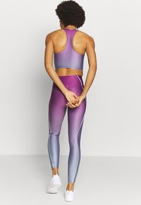 Good American - OMBRE CONTOUR LEGGING - Tights - sunset - 2
