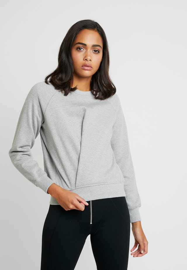 KNOT A QUITTER - Sweatshirts - heather grey