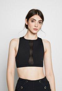 Good American - ASCENDING DOT BRA - Sports bra - black - 0