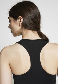 Good American - ASCENDING DOT BRA - Sports bra - black - 3