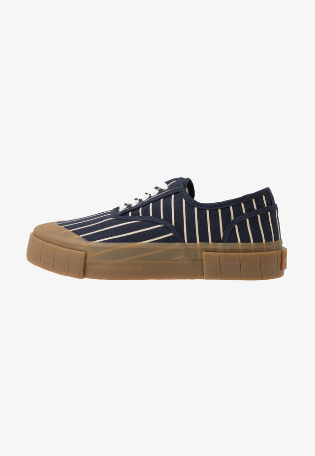 HURLER - Sneakers laag - navy/brown