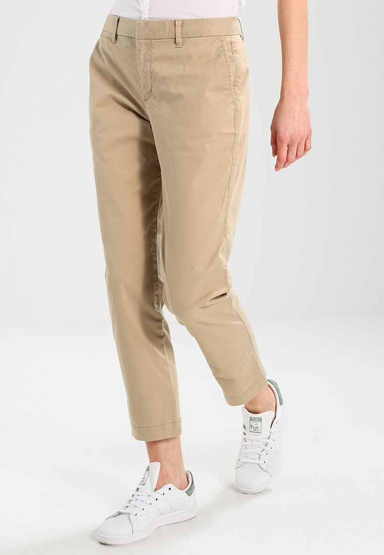 GAP - CITY CROP - Stoffhose - iconic khaki