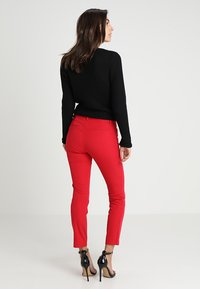 GAP - ANKLE BISTRETCH - Bukse - modern red - 2