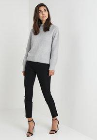 GAP - ANKLE BISTRETCH - Pantaloni - true black - 1