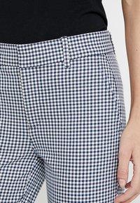 GAP - SKINNY ANKLE - Spodnie materiałowe - blue - 4