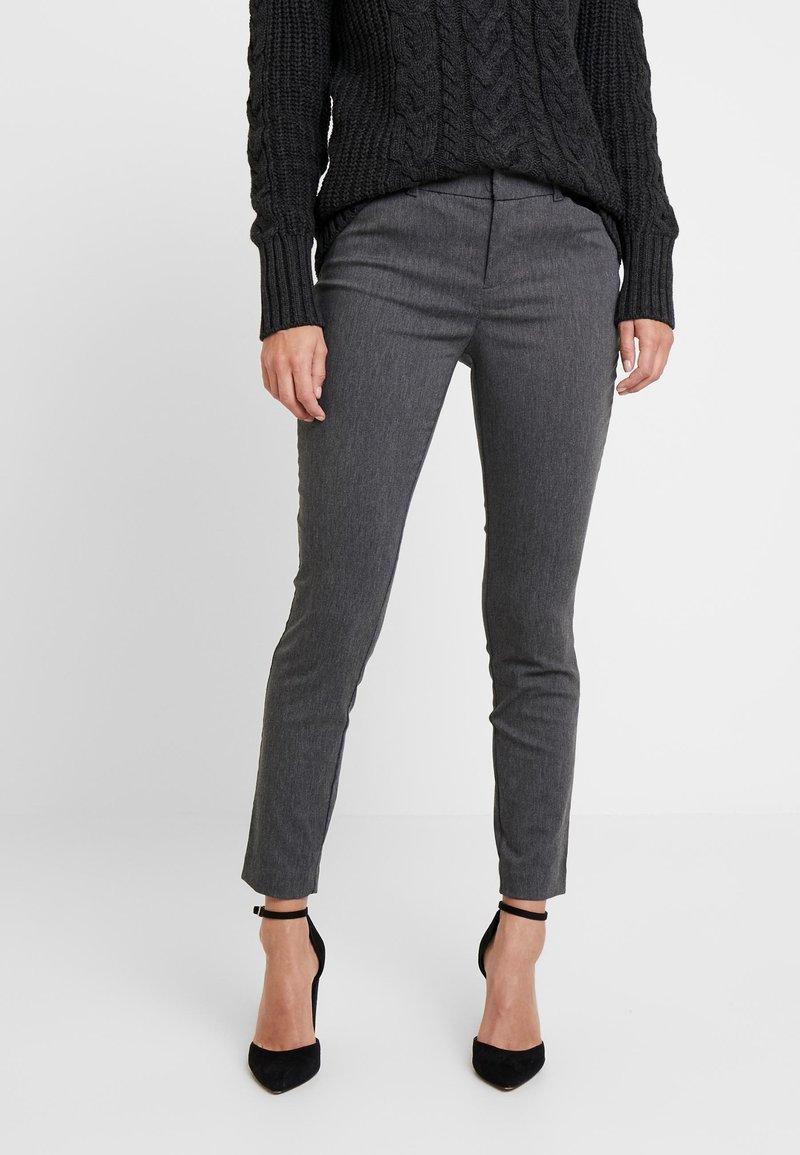 GAP - ANKLE BISTRETCH - Pantalones - heather charcoal
