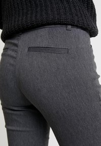 GAP - ANKLE BISTRETCH - Bukse - heather charcoal - 5