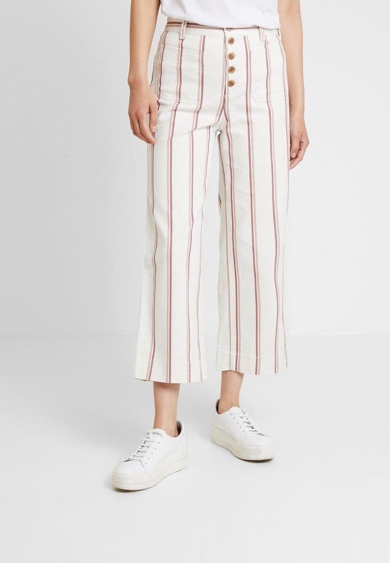 GAP - WIDE LEG CHINO SEAFARER STRIPE - Spodnie materiałowe - neutral