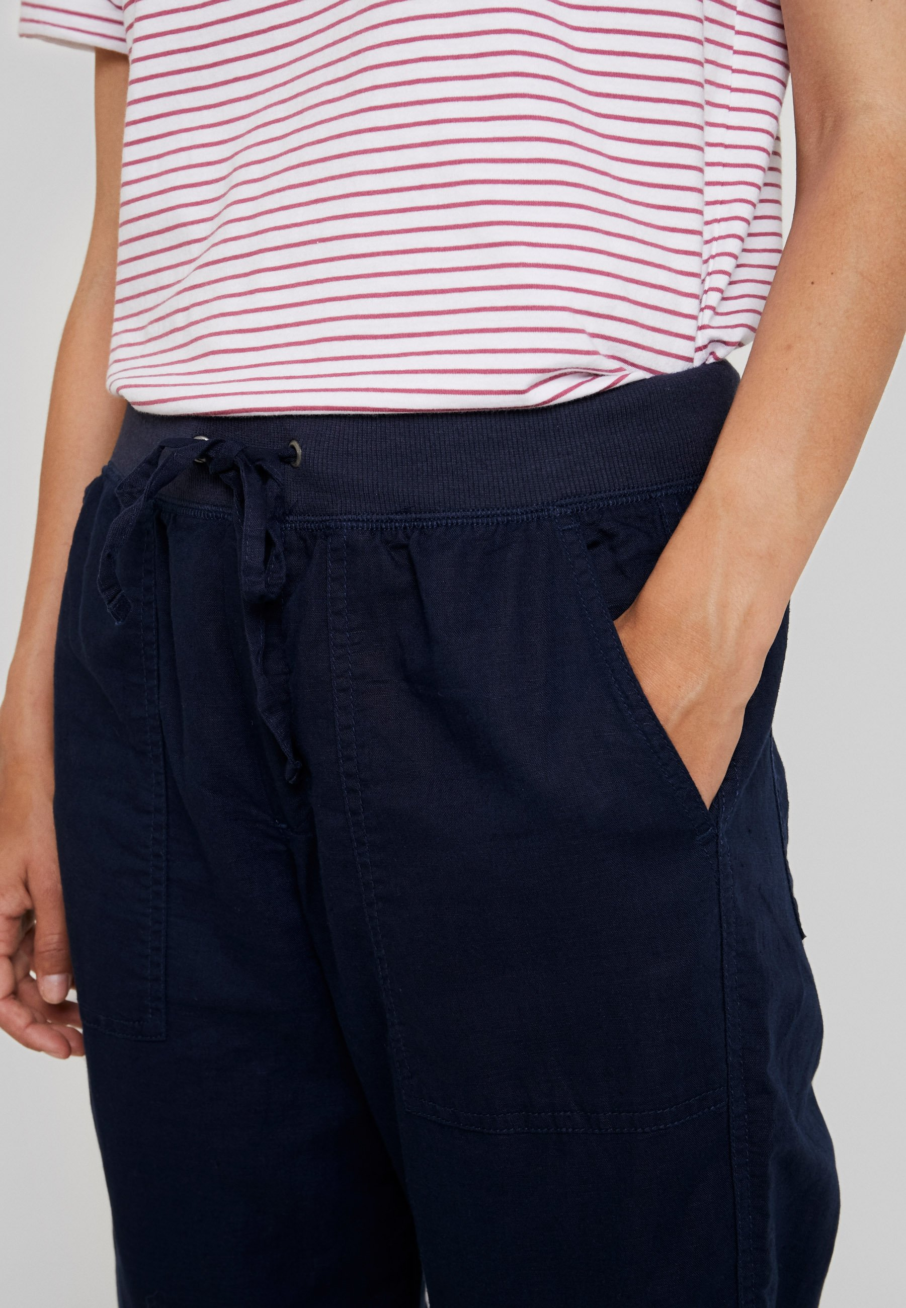 GAP UTILITY JOGGER - Pantalon classique navy