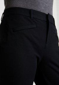 GAP - BISTRETCH - Bukse - true black - 4