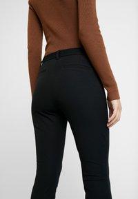GAP - BISTRETCH LONG - Pantaloni - true black - 4