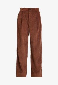 GAP - PLEATED WIDE LEG - Kangashousut - root brown - 5