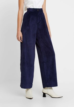 PLEATED WIDE LEG - Broek - navy uniform