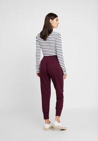 GAP - Teplákové kalhoty - secret plum - 2