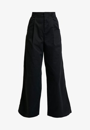 HI-RISE PLEATED - Bukse - true black