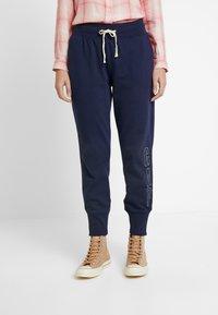 GAP - SHERPA - Teplákové kalhoty - navy uniform - 0