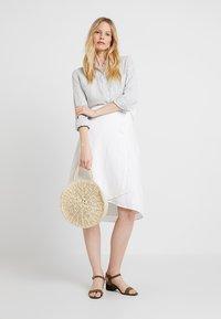 GAP - WRAP SKIRT - A-line skirt - optic white - 1