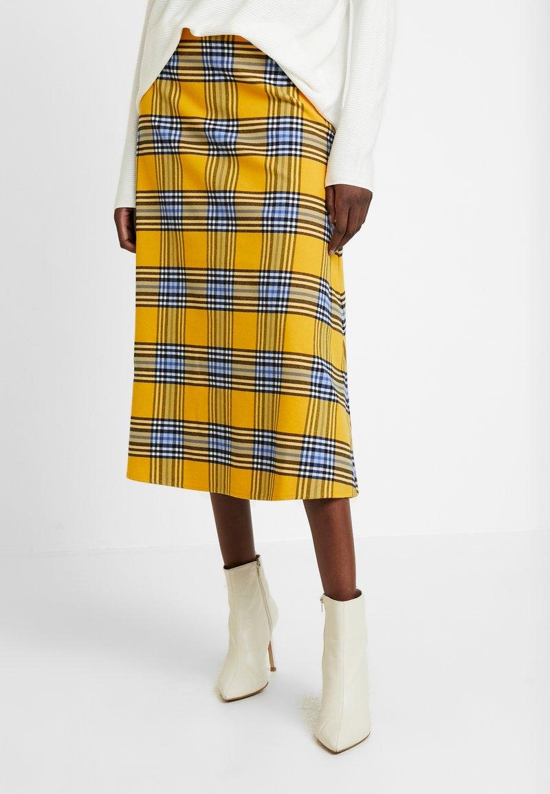 GAP - FLARE SKIRT - Spódnica trapezowa - yellow