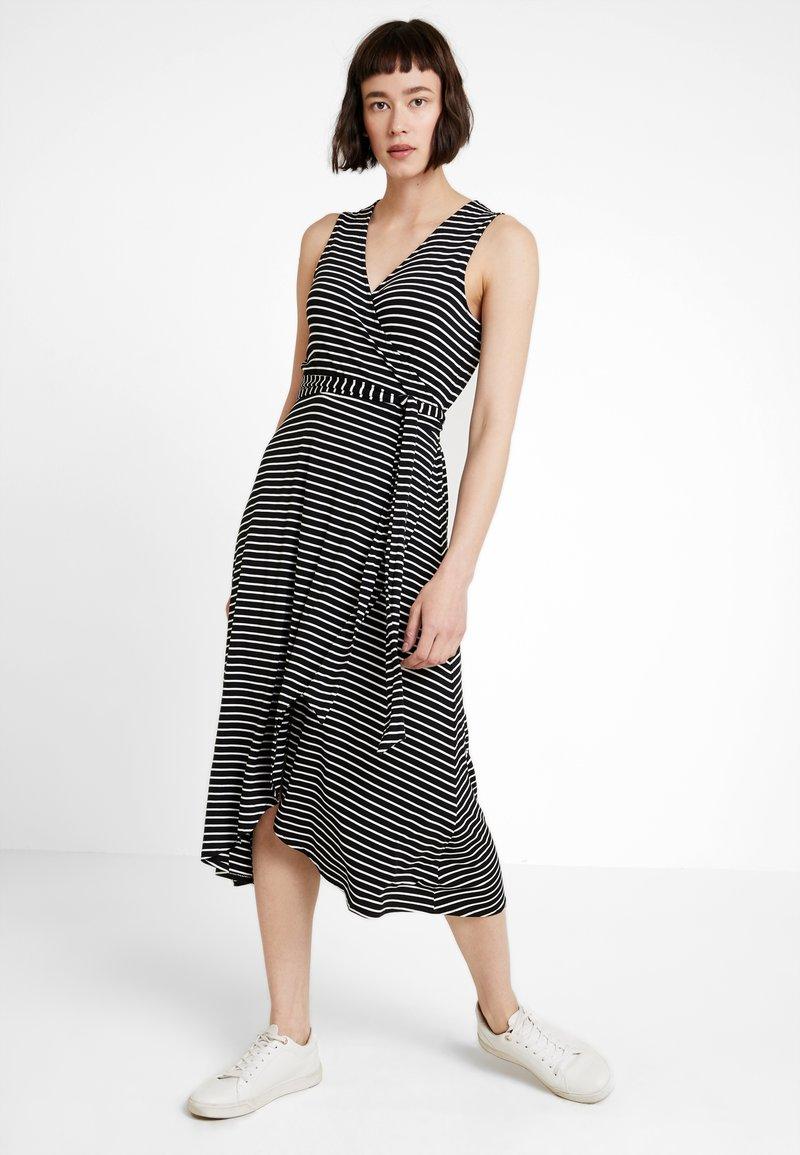 GAP - MIDI - Jersey dress - black