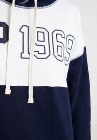 GAP - LOGO DRESS - Korte jurk - navy uniform - 5