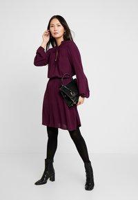 GAP - TIE DRESS - Kjole - secret plum - 1