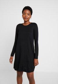 GAP - DRESS - Žerzejové šaty - true black - 0