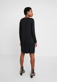GAP - DRESS - Žerzejové šaty - true black - 3