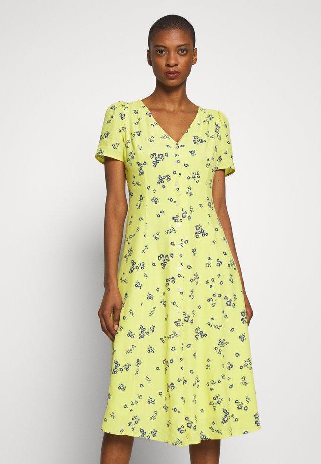 THRU MIDI - Shirt dress - yellow