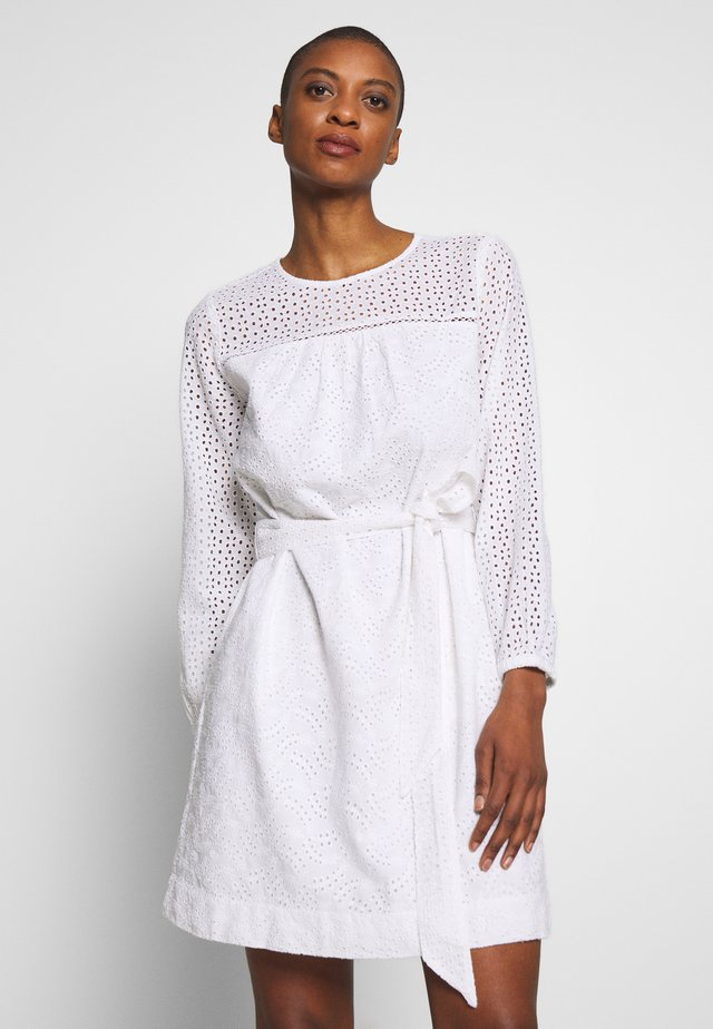 EYELET DRESS - Sukienka letnia - optic white