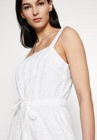 GAP - EYELET APRN MAXI DRESS - Vestito lungo - optic white - 3
