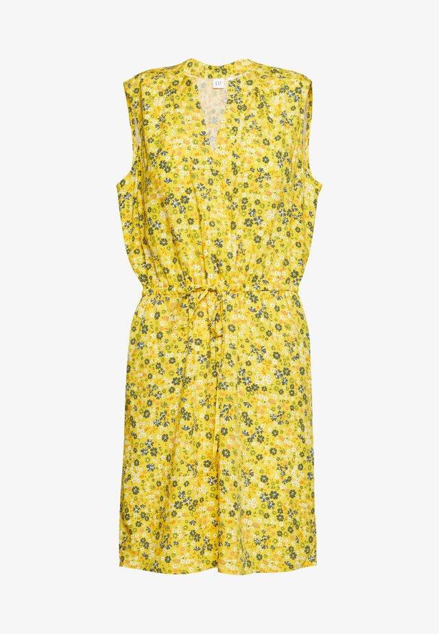 SHIRT DRESS - Robe d'été - mini yellow