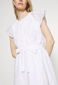 GAP - DRESS - Vestito estivo - optic white - 5