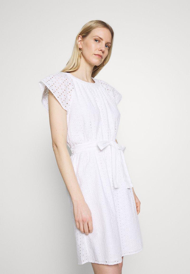 GAP - DRESS - Vestito estivo - optic white
