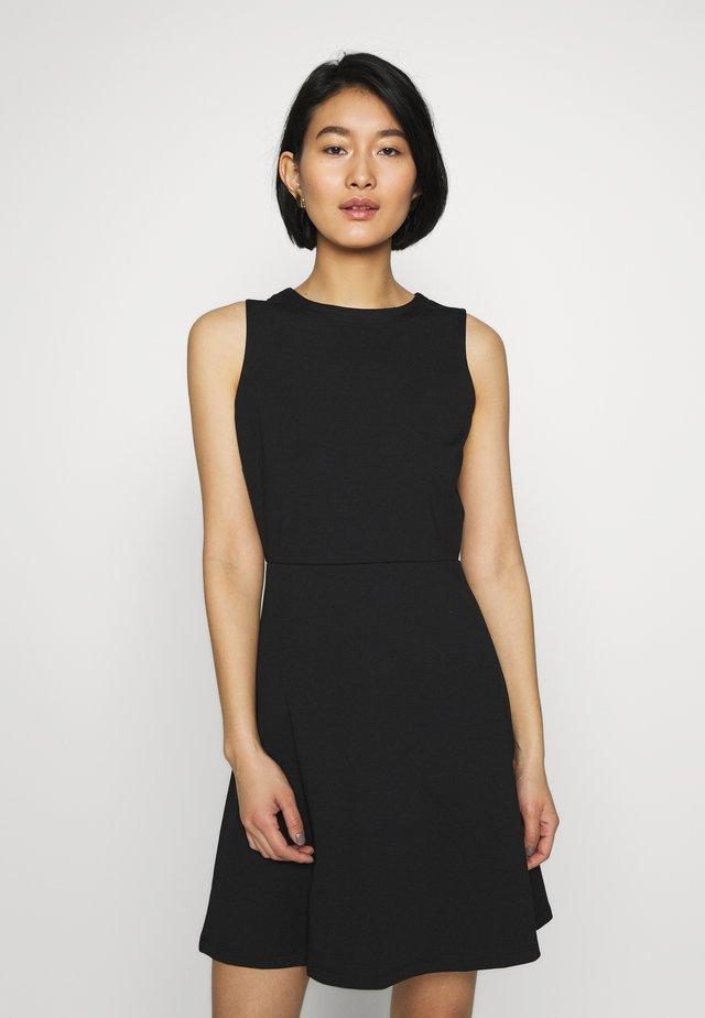 Sukienka z dżerseju - true black