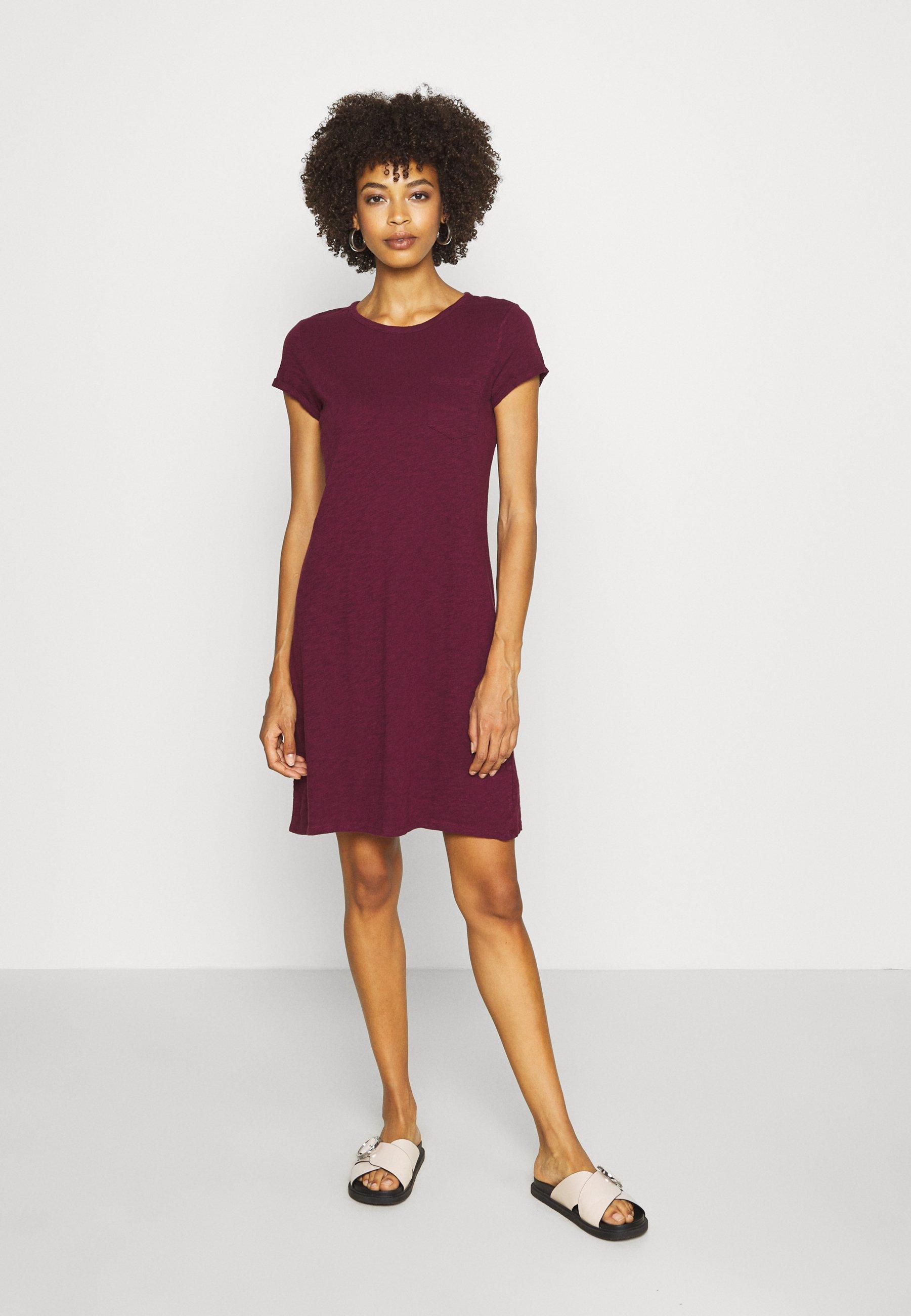 TEE DRESS Jerseyklänning ruby wine