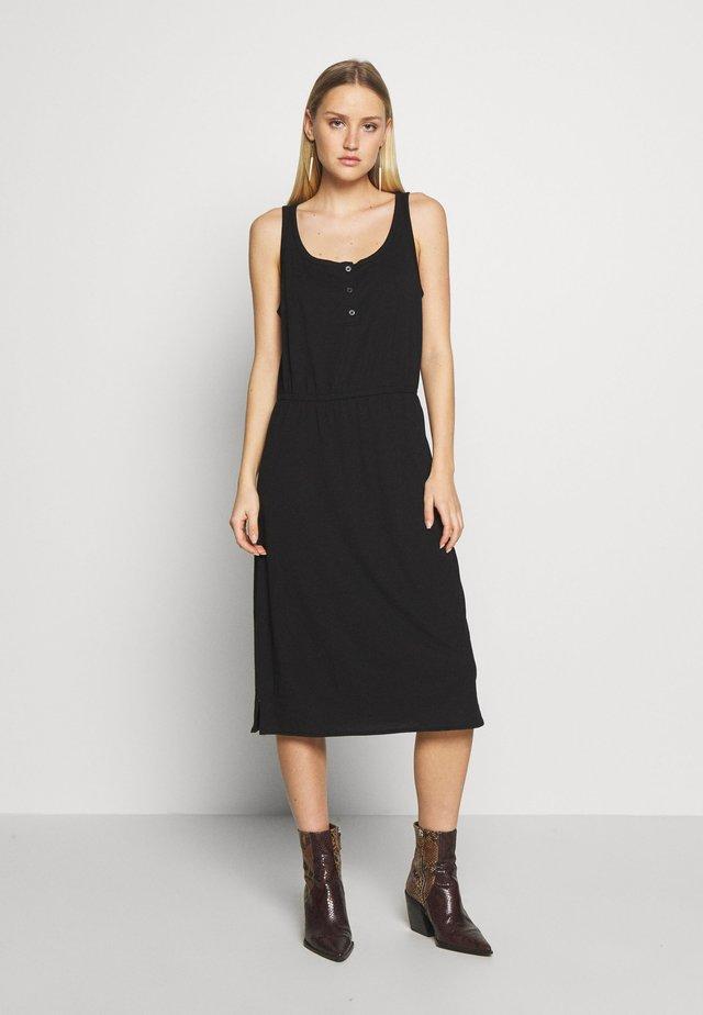 TIERED DRESS - Jerseyjurk - true black