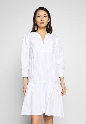 POPLIN TRAPEZE - Robe d'été - optic white