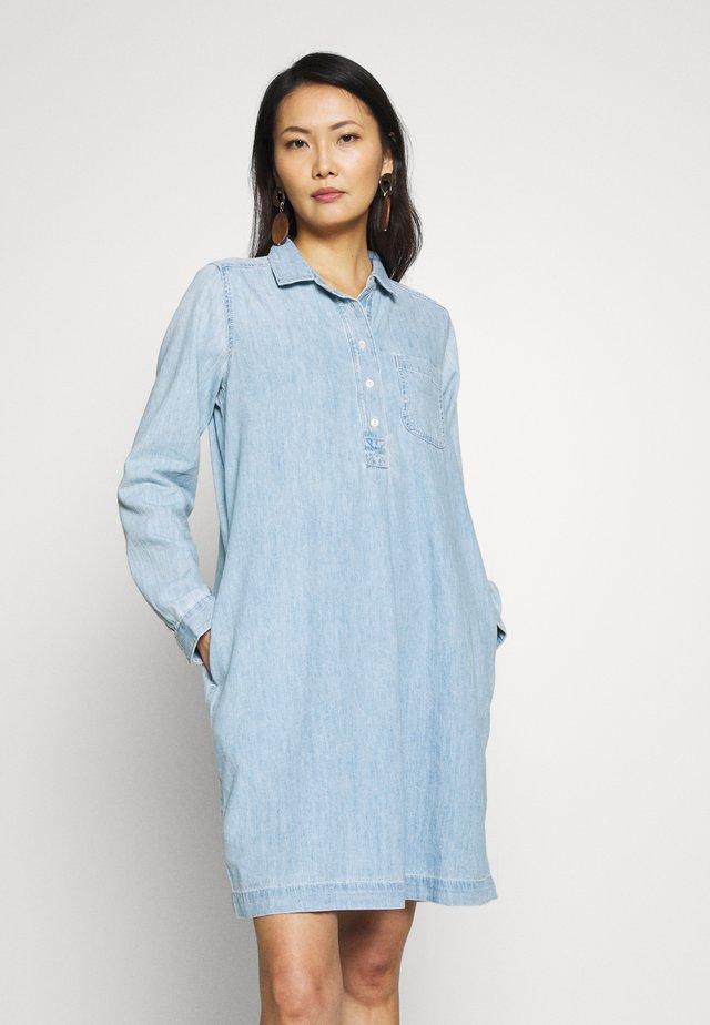 POPOVER DRESS VALLEY - Shirt dress - medium indigo