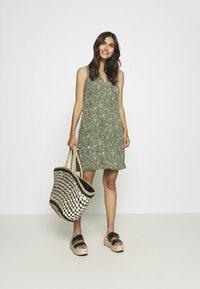 GAP - ZEN DRESS - Vestito estivo - olive - 1