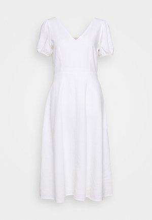 MIDI - Robe d'été - fresh white