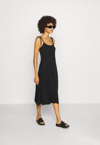 GAP - CAMI DRESS - Jerseyjurk - true black - 1
